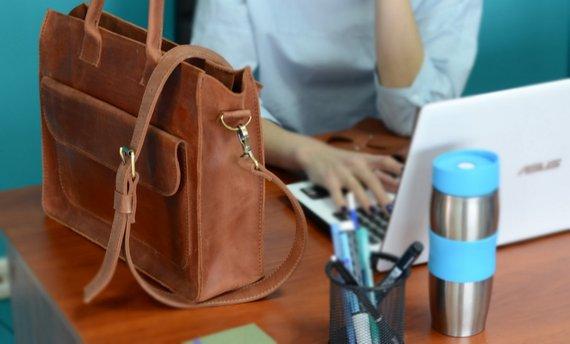 Laptop Bag - Gift Ideas for Boss Babes