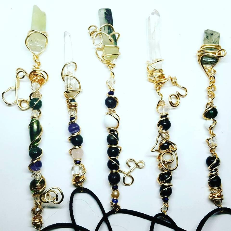 Healing Crystal Jewelry // Crystal Healing Wands // Healing Crystal Grids