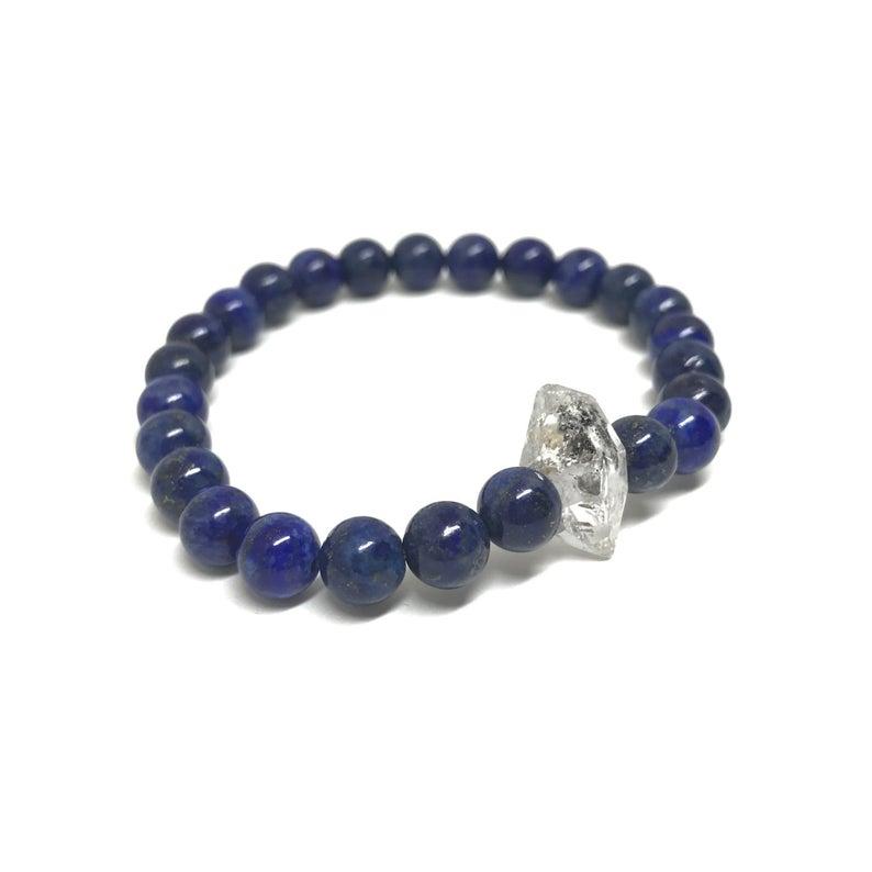 Lapis Lazuli crystals to heal the third eye chakra